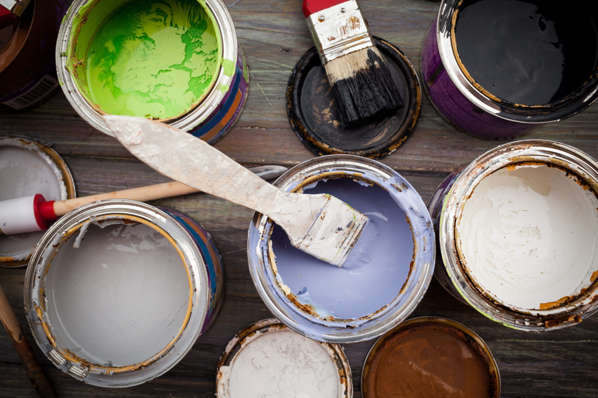 Painting set, paint on a wooden boardPainting set, paint on a wooden board